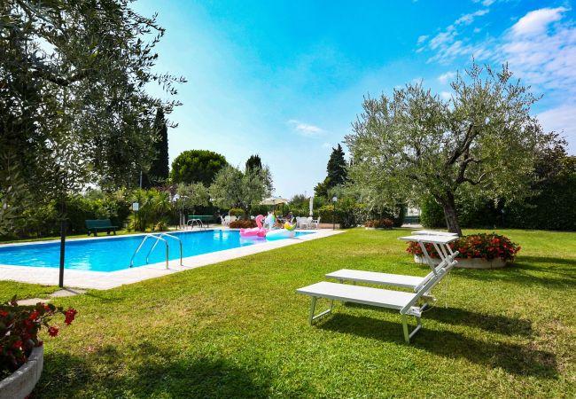 Apartment in San Felice del Benaco - Roccolino