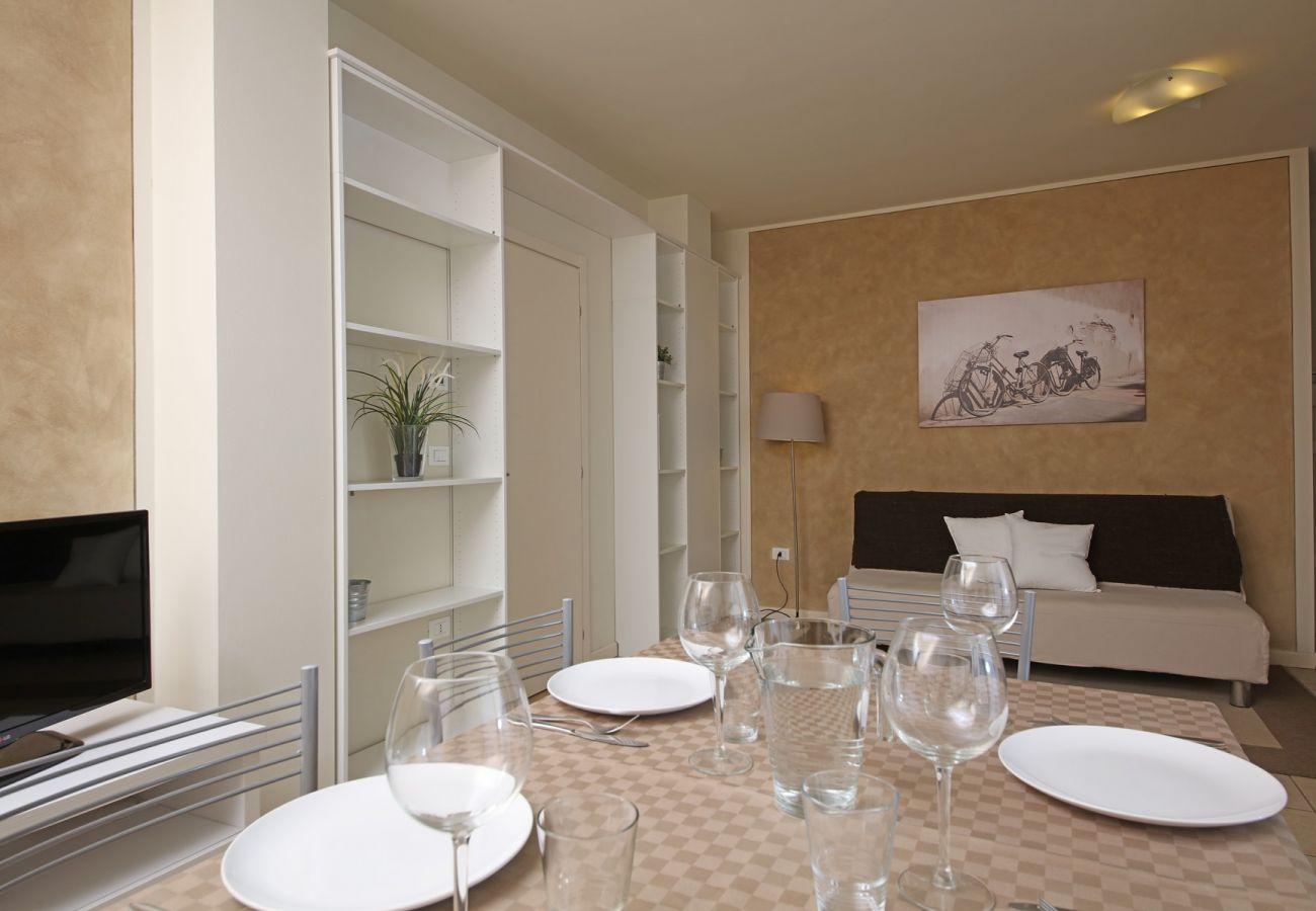 Apartment in Manerba del Garda - I Giardini della Romantica