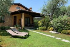 Apartment in Manerba del Garda - Olivo