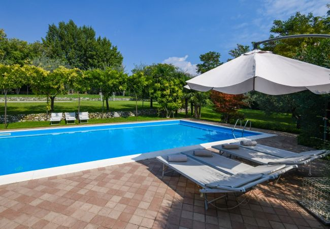 Apartment in Polpenazze del Garda - Mulino