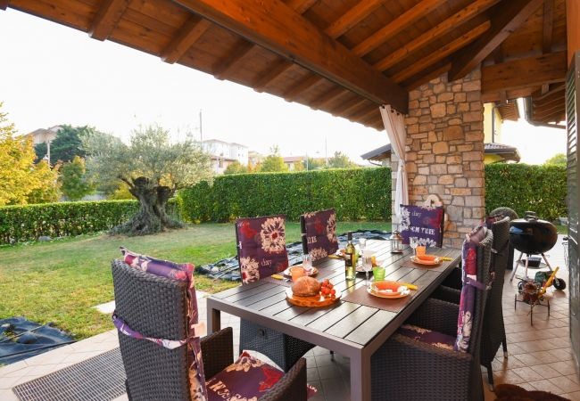 Chalet in Moniga del Garda - Orange