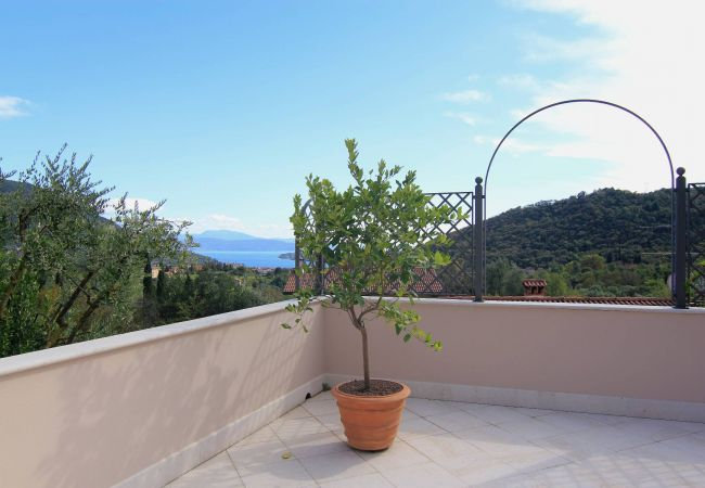 Appartamento a Roè Volciano - Depandance Villa Loredana