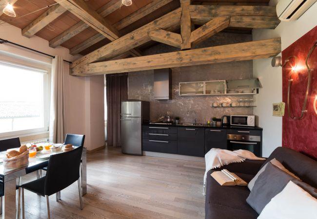 Ferienwohnung in Desenzano del Garda - 004  suite of lake