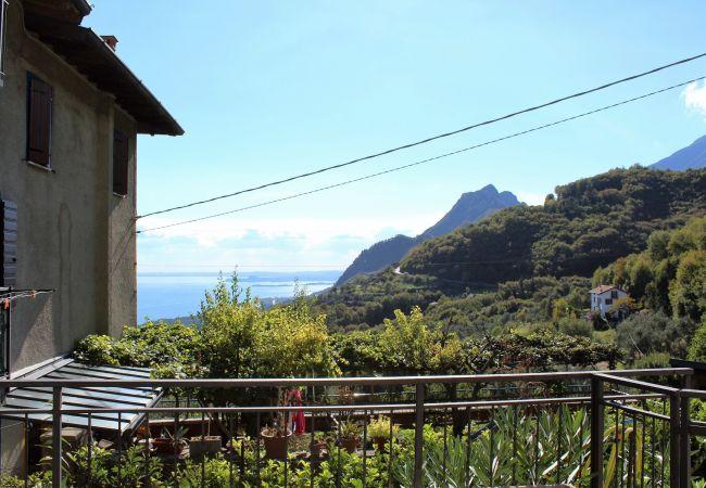 Ferienwohnung in Gargnano - Rustico Pietre Antiche 2