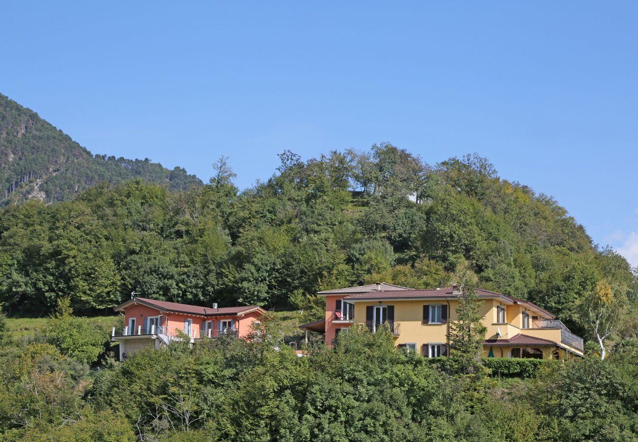 Wohnungen mit Pool in Tignale