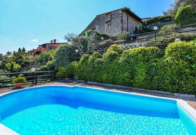 Villa in Soiano del Lago - Rustico Belvedere