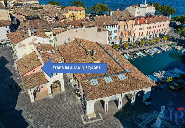 Studio in Desenzano del Garda - 64 - STARS IN A MAIN SQUARE