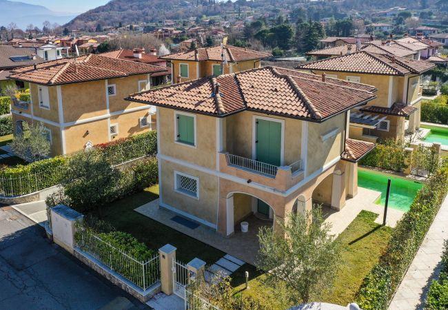 Villa in Manerba del Garda - Villa Gazzolo 1