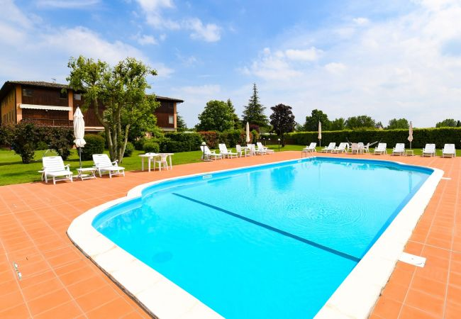 Ferienwohnung in Soiano del Lago - The lake house in the country