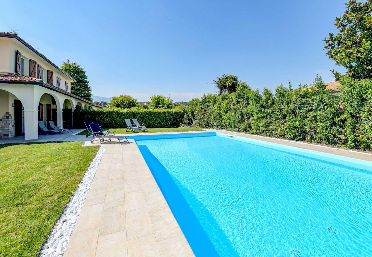 Chalet in Manerba del Garda - Villa Sole