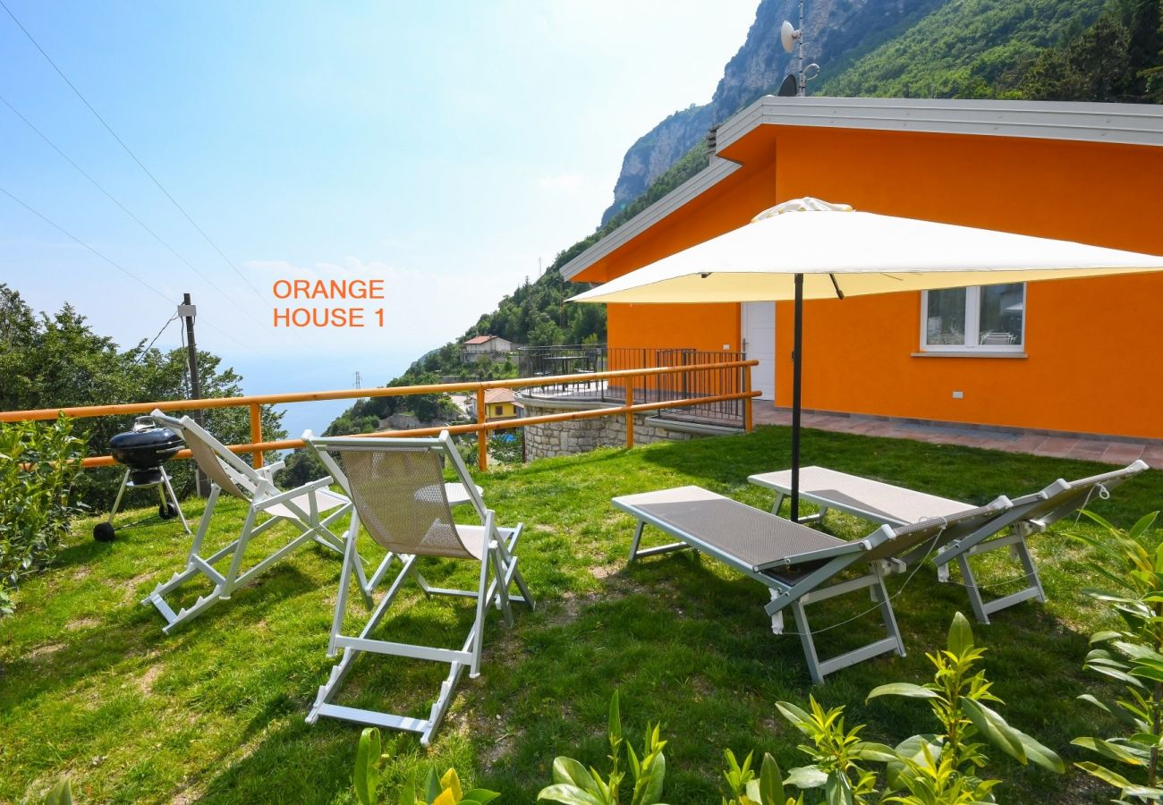 Ferienwohnung in Tignale - Orange House 2