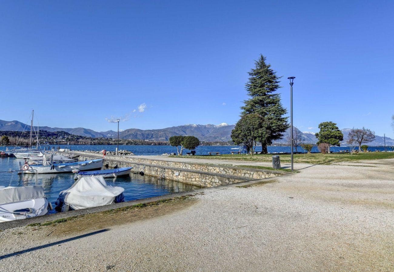 Ferienwohnung in Manerba del Garda - Lakefront Belvedere